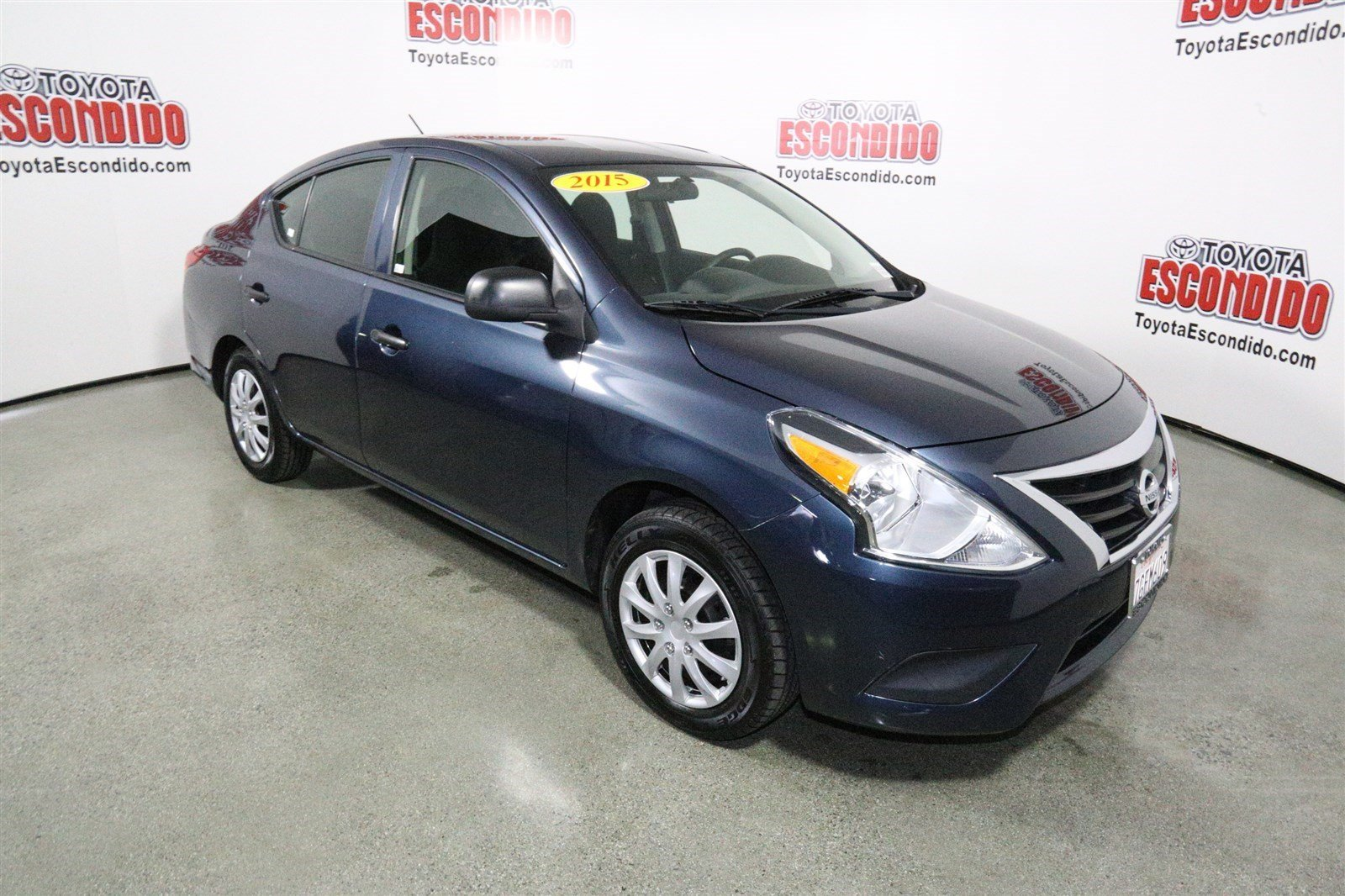 Pre-Owned 2015 Nissan Versa