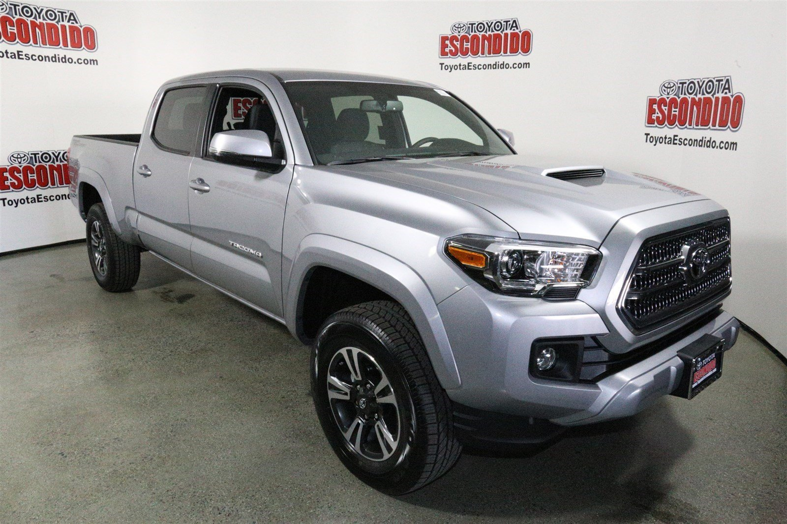 new 2017 toyota tacoma trd sport double cab pickup in escondido hm007883 toyota escondido. Black Bedroom Furniture Sets. Home Design Ideas