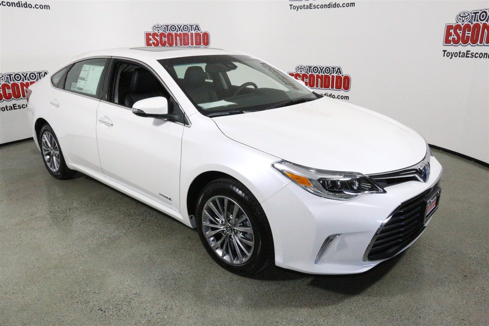 new 2016 toyota avalon hybrid limited 4dr car in escondido. Black Bedroom Furniture Sets. Home Design Ideas