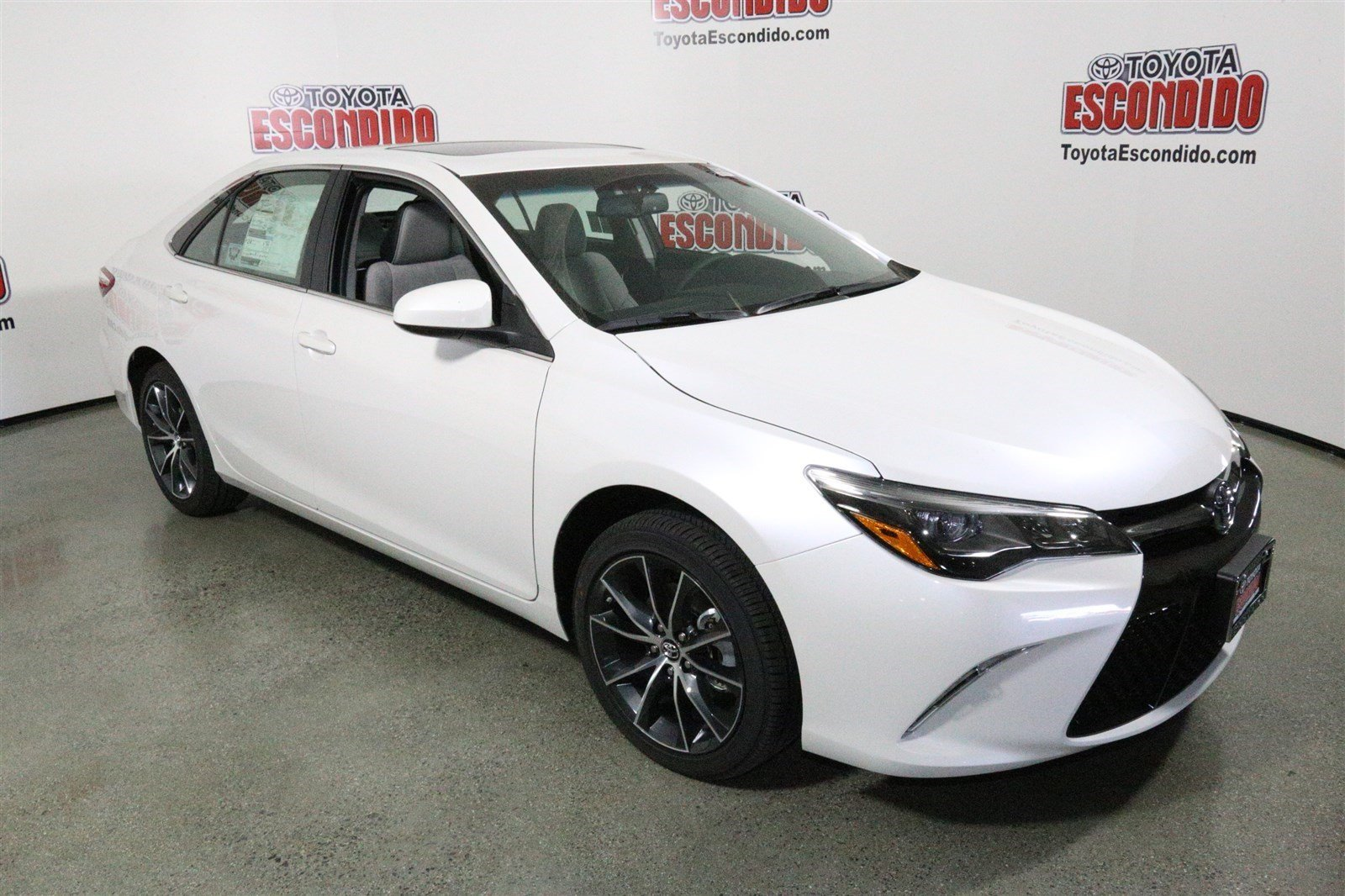 new 2017 toyota camry xse v6 4dr car in escondido 1014089 toyota of escondido. Black Bedroom Furniture Sets. Home Design Ideas