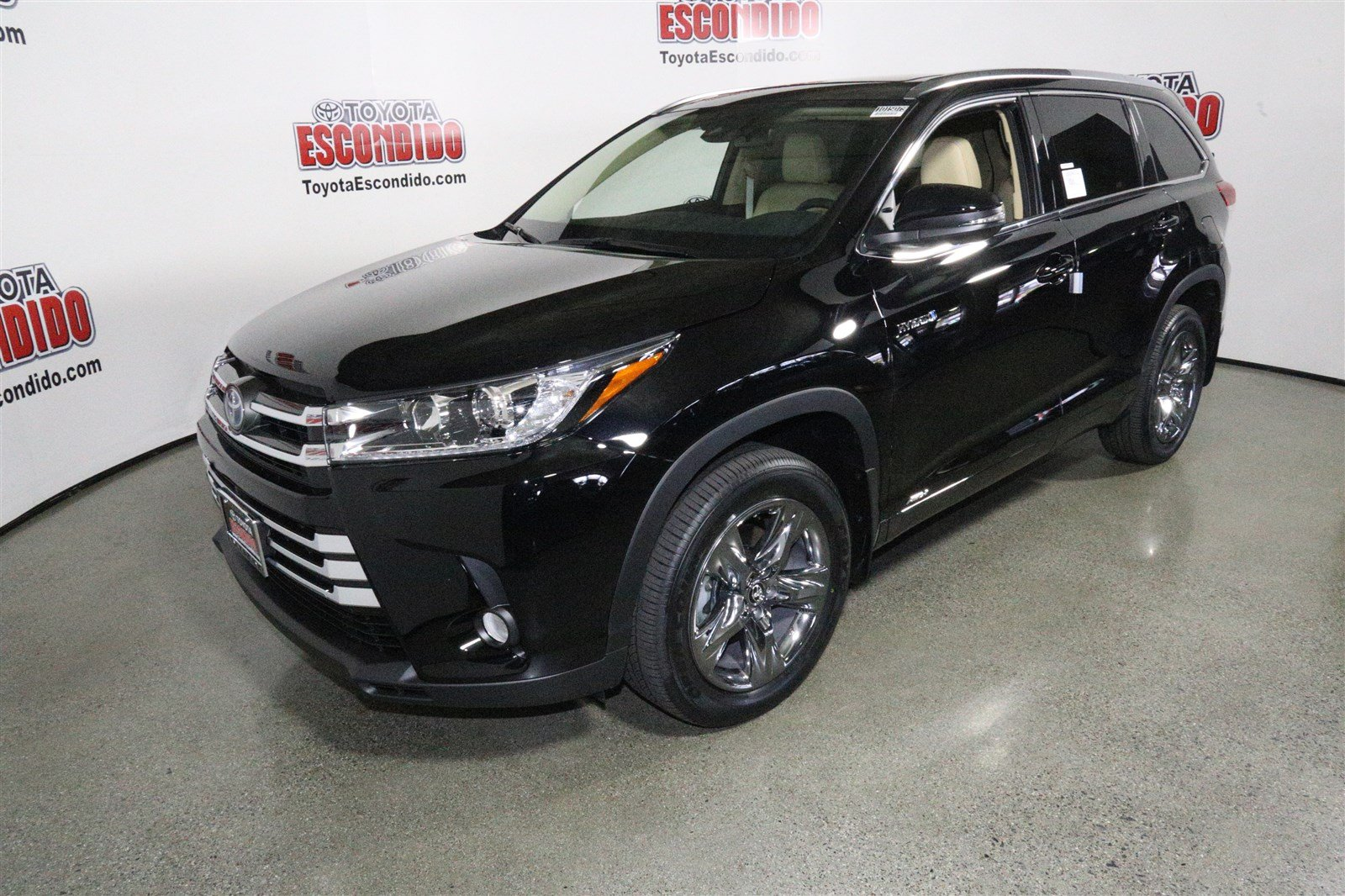 new 2017 toyota highlander hybrid limited platinum sport utility in escondido 1015079 toyota. Black Bedroom Furniture Sets. Home Design Ideas