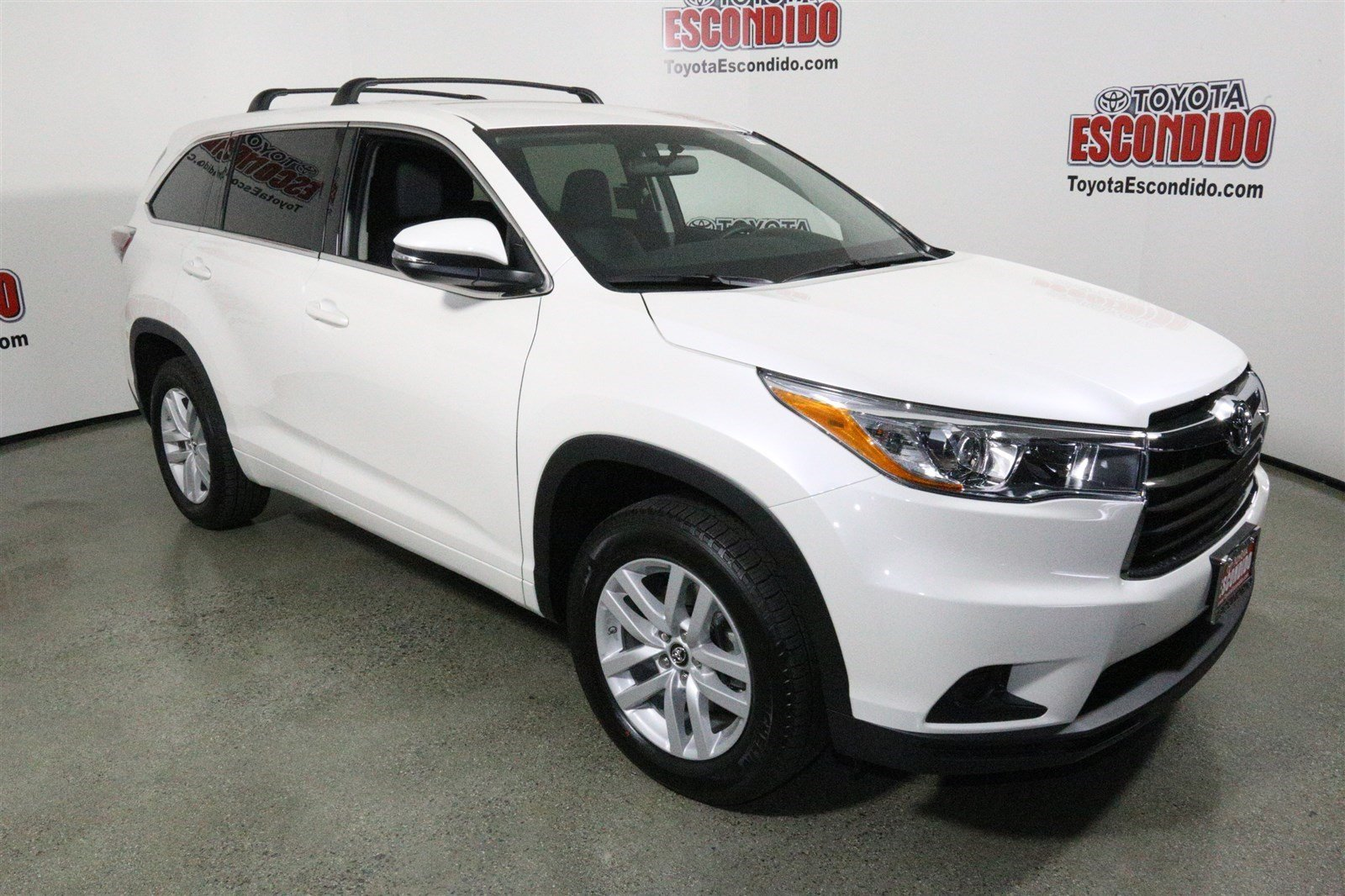 new 2016 toyota highlander le sport utility in escondido 1014362 toyota of escondido. Black Bedroom Furniture Sets. Home Design Ideas