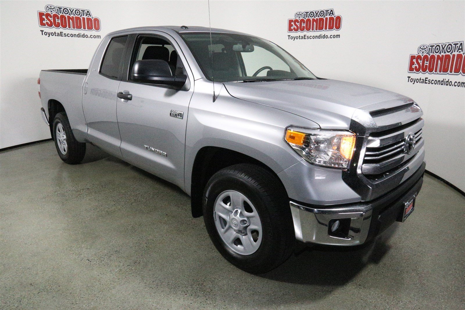 new 2017 toyota tundra 2wd sr5 double cab pickup in escondido 1014009 toyota of escondido. Black Bedroom Furniture Sets. Home Design Ideas
