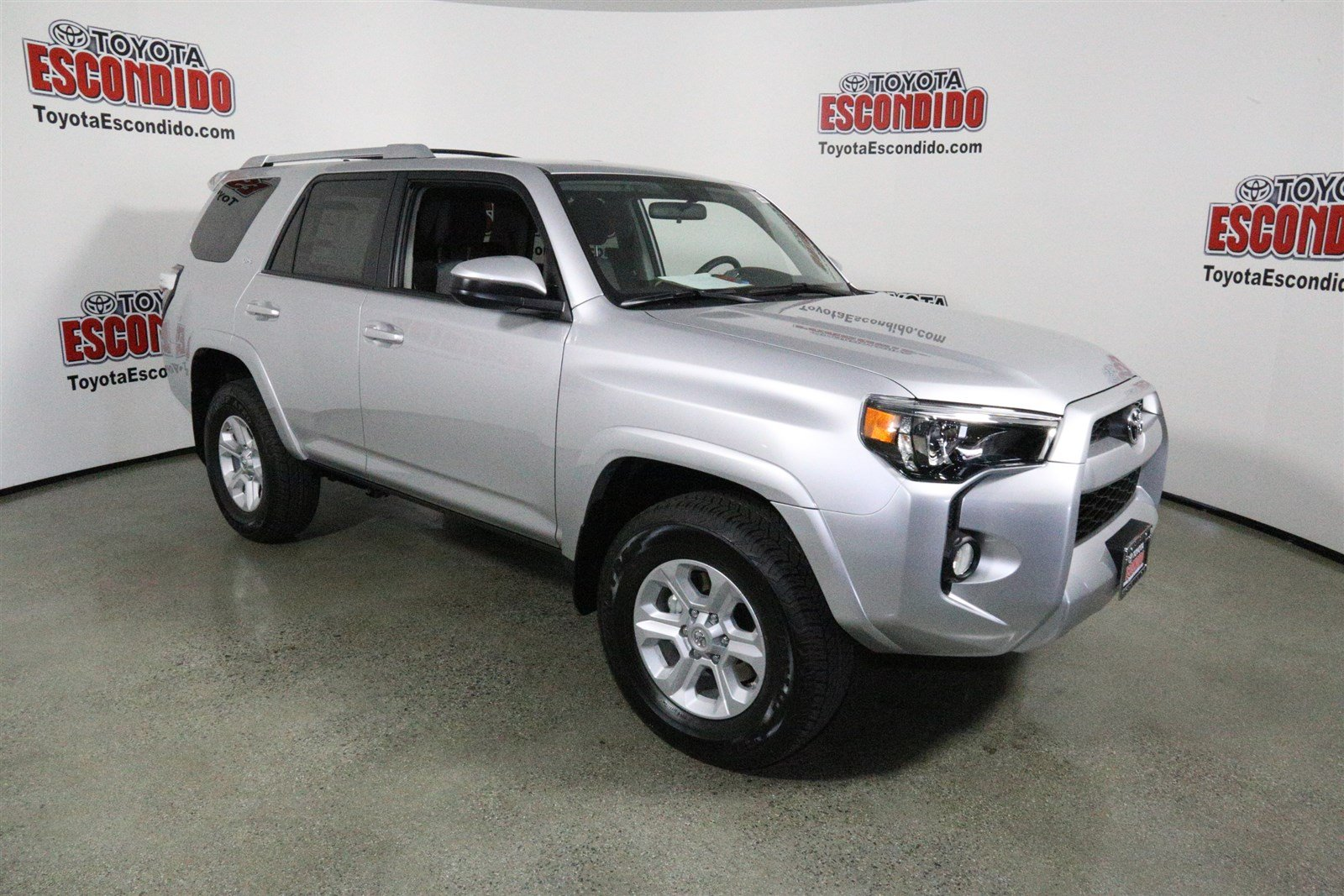 New 2016 Toyota 4runner Sr5 Sport Utility In Escondido
