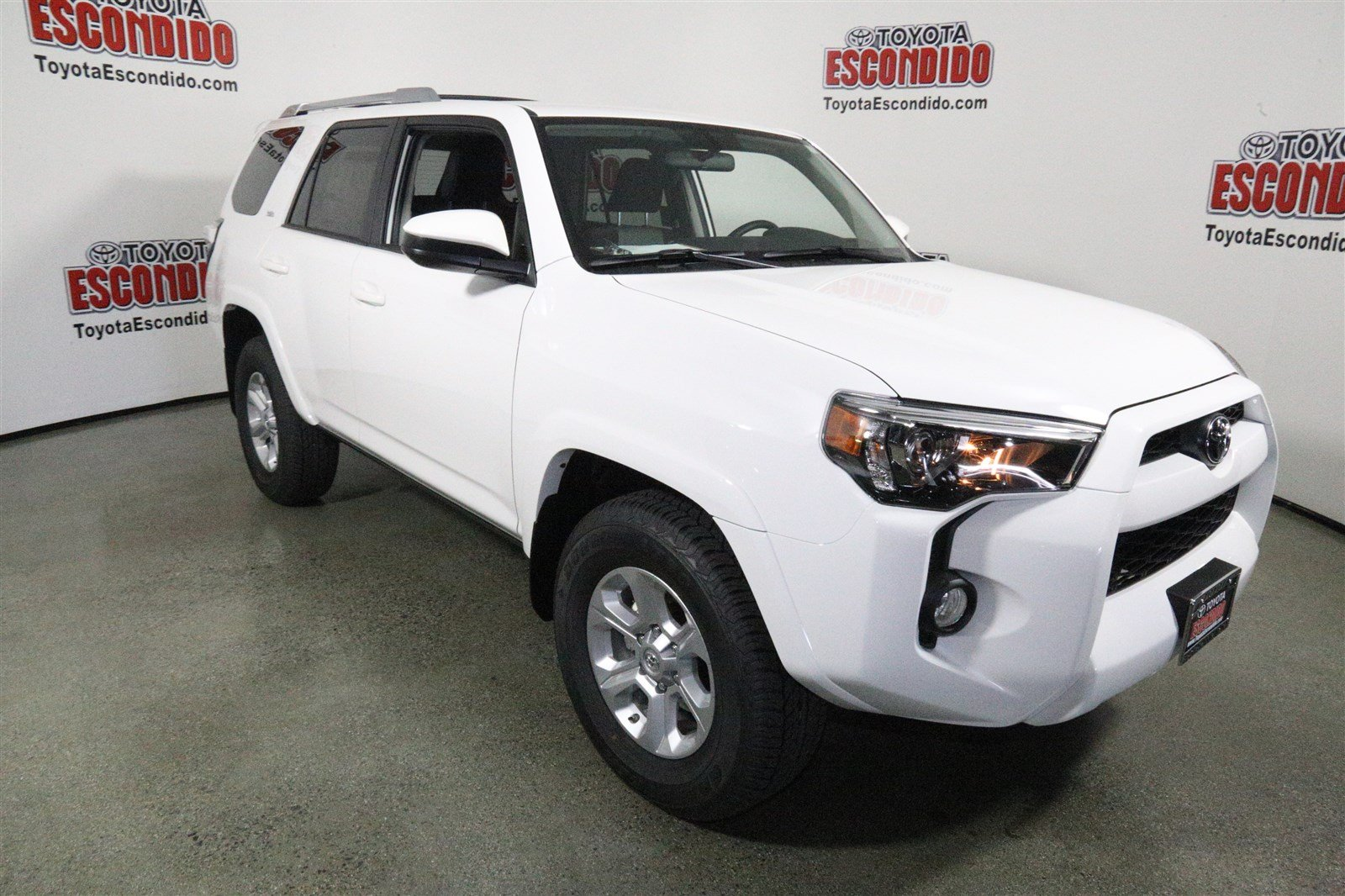 new 2017 toyota 4runner sr5 sport utility in escondido 1014891 toyota escondido. Black Bedroom Furniture Sets. Home Design Ideas
