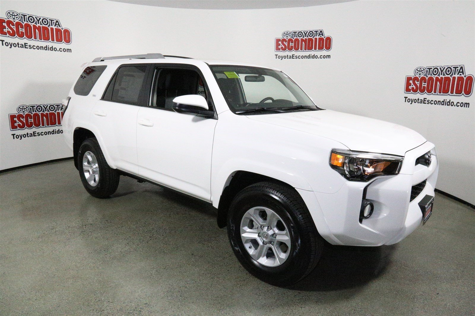 new 2016 toyota 4runner sr5 sport utility in escondido 1014442 toyota of escondido. Black Bedroom Furniture Sets. Home Design Ideas
