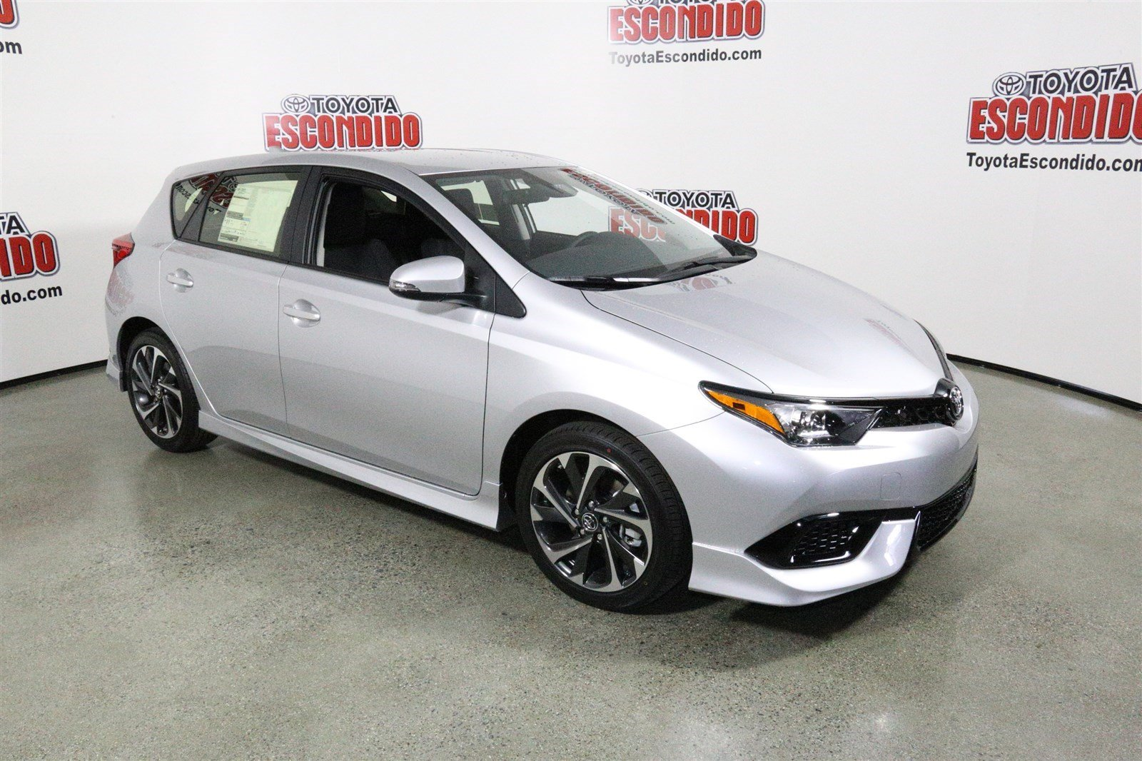 new 2017 toyota corolla im hatchback in escondido hj530872 toyota of escondido. Black Bedroom Furniture Sets. Home Design Ideas